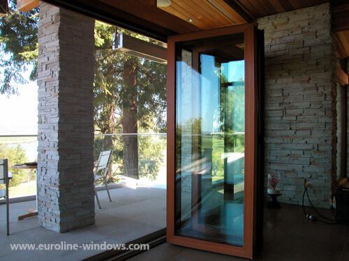 Folding-Door-13-500x375