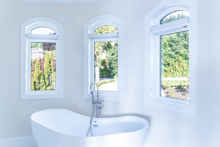 Bathroom with Luxury WIndows